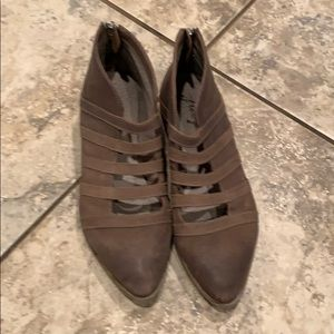 Free people booties. Brown leather / 38/8.